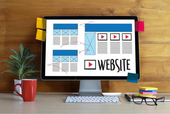 Website giúp doanh nghiệp thu hút được người dùng và biến họ trở thành khách hàng.